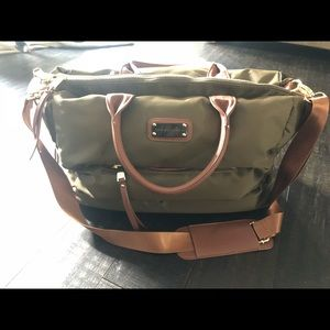 Adrienne Vittadini Horizontal Quilted Travel Bag